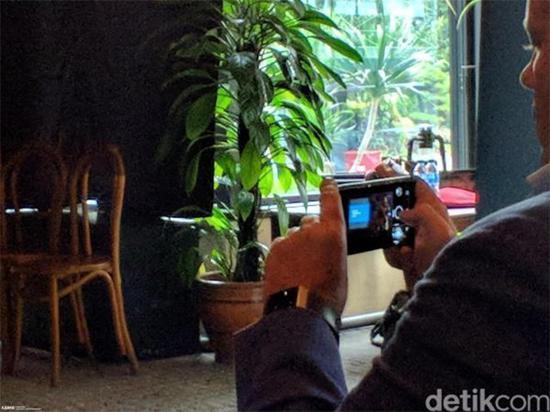 诺基亚9上手视频(图片来自推特@slashleaks)