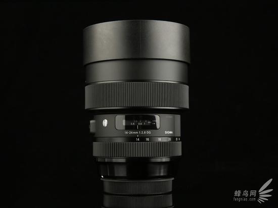 适马14-24mm f/2.8 HSM Art正面+镜头盖