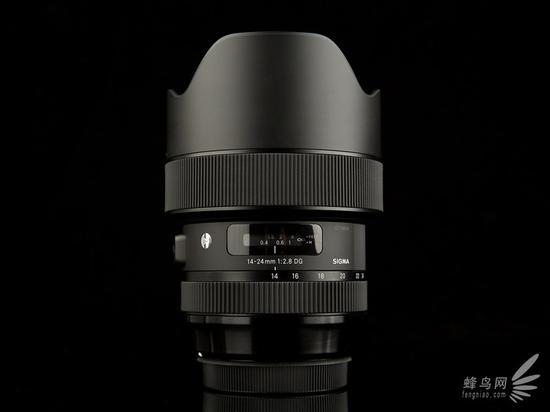 适马14-24mm f/2.8 HSM Art正面