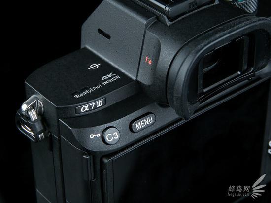 索尼 微单?A7M3 具备直出4K视频能力