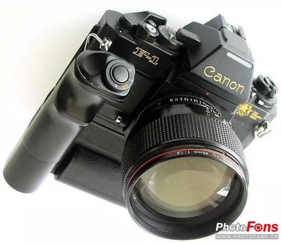 盘点过去30年相机中的古怪器材