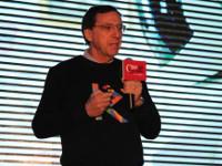 约翰・马尔科夫:人工智能有助于老龄化社会