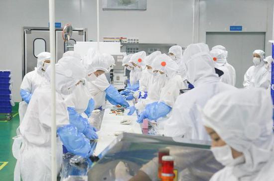 泰合资本捐270万驰援疫区 与合作伙伴供7万份餐食