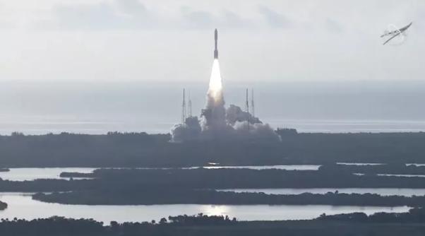 """北京时间7月30日19点50分,美国国家航空航天局(NASA)的""""毅力号""""火星探测器由阿特拉斯5号火箭发射升空。"""