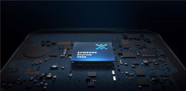 三星公布全球首颗7nm EUV芯片Exynos 9825