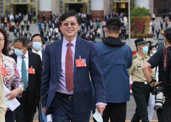 杨元庆:中国的产业链优势不是谁