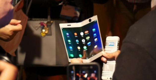 LG展示的可摺疊屏幕