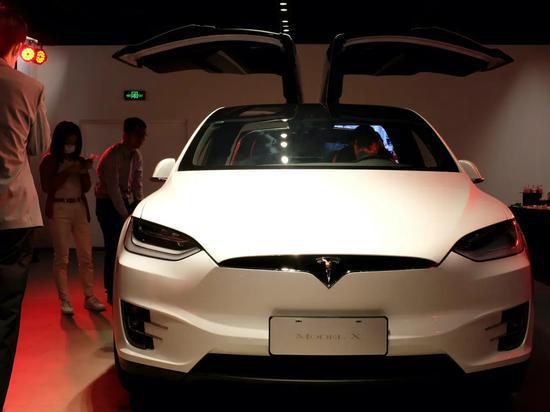 特斯拉将改进无钥匙进入系统 让车辆更容易被定位