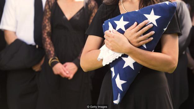 思考到死亡,会使我们变得更加爱国,同时也会使提升我们对外界的同情心。