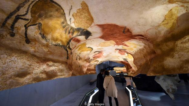 令人驚訝的洞穴藝術表明,史前人類祖先完全有能力思考巨大的宇宙問題