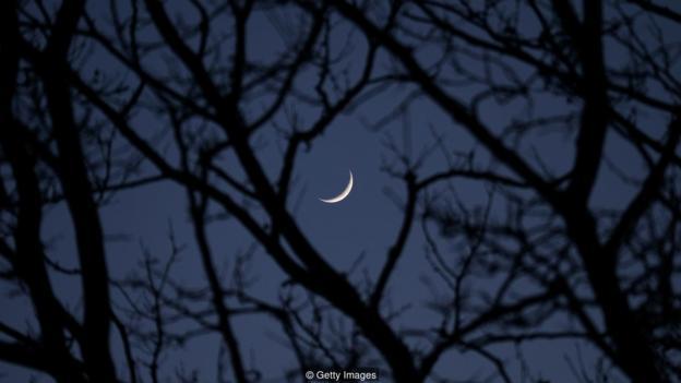 """古代哲學家認爲,月亮會導致瘋狂,這也是英語中""""瘋狂""""(lunacy)一詞的來源。"""