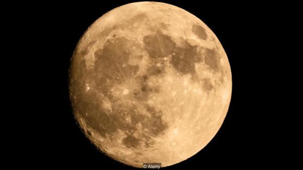 月亮如何影响我们的情绪?睡眠也会随着月亮周期变化月球磁场