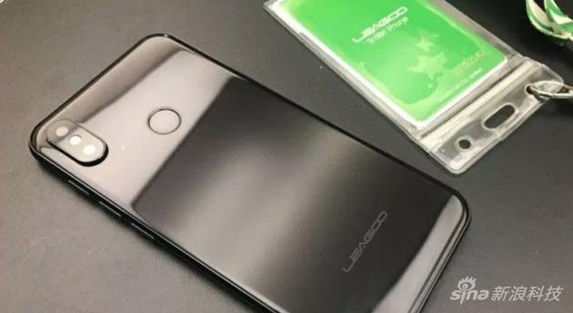 第一款克隆iPhone X的手机
