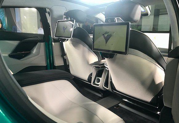 我们试乘了明年量产的拜腾首款概念车BYTON Concept
