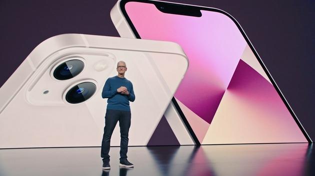 荣耀赵明:苹果是强大而令人尊敬的对手 行业需要不断创新和超越