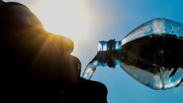 饮用水含塑料微粒?世卫组织:不会造成明显健康风险