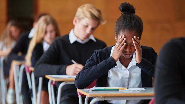 研究显示,学生做单选题时,很擅长判断自己对选择某个答案的确定程度。