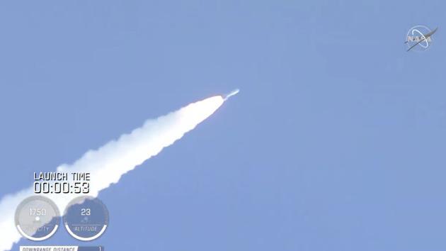 """北京时间7月30日19点50分,,美国国家航空航天局(NASA)的""""毅力号""""火星探测器从佛罗里达州卡纳维拉尔角发射升空,开始了前往火星的漫长旅程。"""