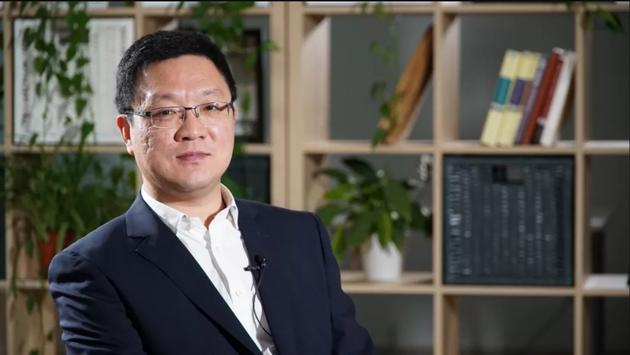 中国政法父亲学传臻法切磋中心副主任丹巍。
