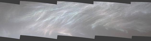 惊奇!NASA好奇号拍到了火星上的珠母云,肉眼也能看到(组图)