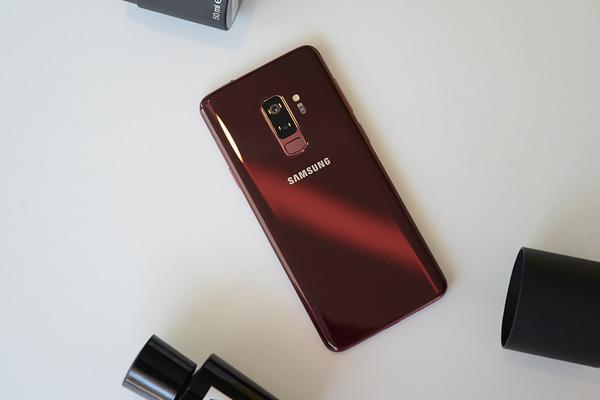 浪漫色的交织 三星Galaxy S9+勃艮第红版图赏