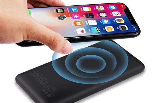 即是充电宝又是无线充 南孚推出超级充电宝