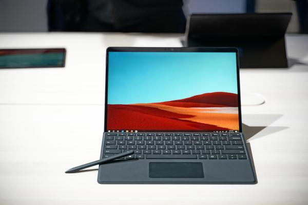 极窄边框Surface Pro X二合一笔记本现场图赏