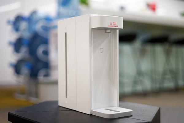 米家即热饮水机C1体验:3秒速热 随意摆放
