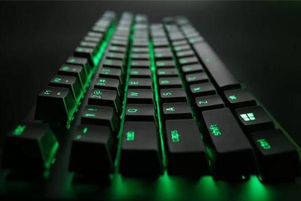 雷蛇推黑寡妇蜘蛛X竞技版键盘:绿轴+绿色背光 499元