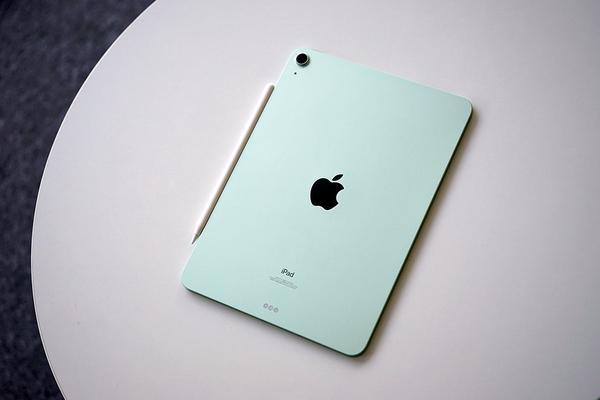 """苹果iPad Air图赏:当""""Pro""""染上一层青草绿"""