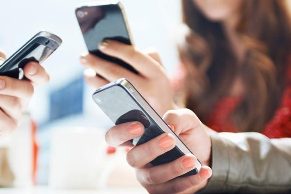 透视华为年报:手机缺芯痛失市场 要靠5G专利费赚钱? 观潮