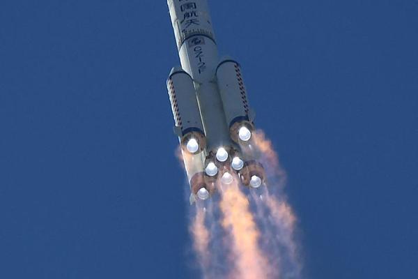 神舟十二号发射圆满成功 三名航天员奔赴中国空间站