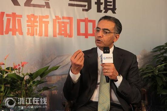 在首届世界互联网大会上,ICANN掌门人法迪·切哈德接受了浙江在线专访