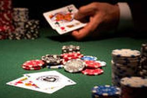 投资的秘密藏在德州扑克里