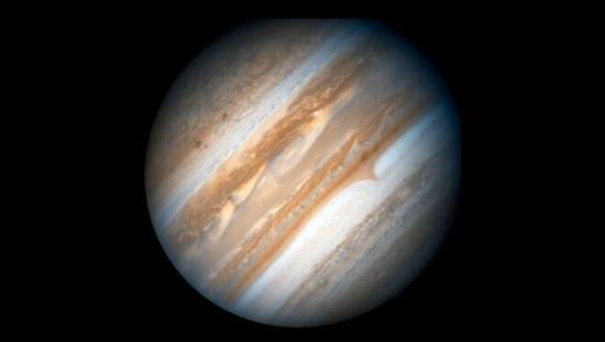 木星上的云带使这颗巨行星显得蔚为壮观。图片来源:NASA/ESA/Hubble Heritage Team (AURA/STScI)