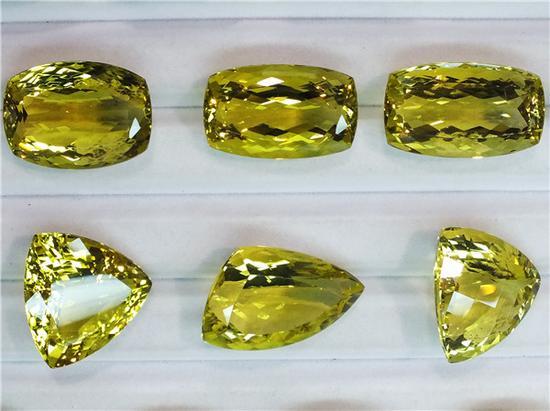 透明的石英,黄绿色(摄影:马志飞)