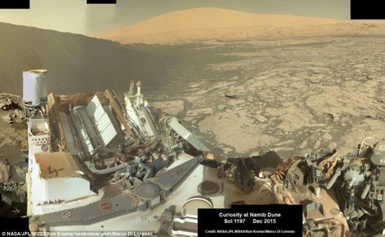 """本月初,""""好奇""""号火星车抵达纳米比沙丘外围,这是夏普山山脚下一片广袤的区域,起伏着许多被称为""""巴格诺尔德""""的沙丘。"""