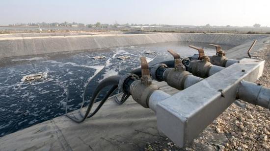 """随着人口的持续增长,全世界越来越多的城市未来都将面临向污水要饮用水的问题,实现""""从洗手间到厨房间""""的转变"""