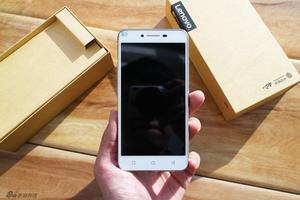 全部均为699元 近期热门高性价比手机推荐