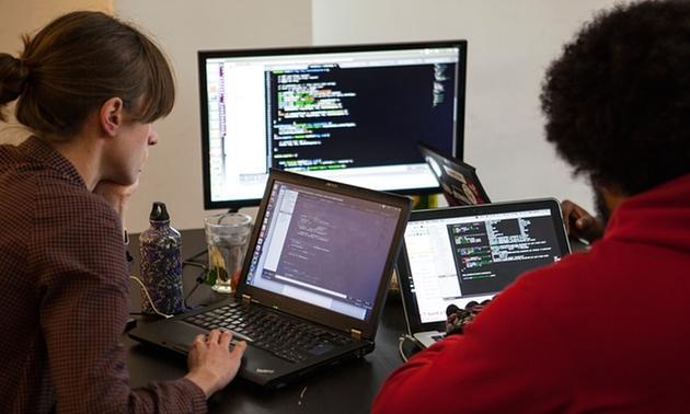 研究称程序媛比程序猿更受认可