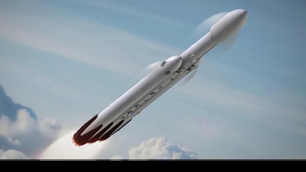 """SpaceX公司""""重型猎鹰""""火箭将在今年进行首次飞行测试"""
