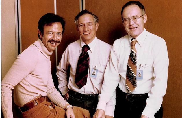 英特尔三位一体:格鲁夫(左)、诺伊斯(中)、摩尔(右)