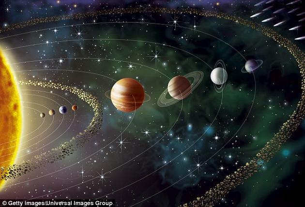 迈克·布朗教授和加州理工学院的研究人员们之所以认为太阳系边缘可能存在着一颗隐藏的大行星,主要原因是因为观察到一些柯伊伯带天体的轨道所呈现的某种异常特征。柯伊伯带是一个围绕太阳系边缘存在的环状区域,这里存在着大量的冰冻小天体