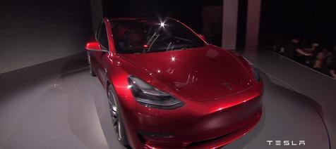特斯拉发布Model 3电动汽车