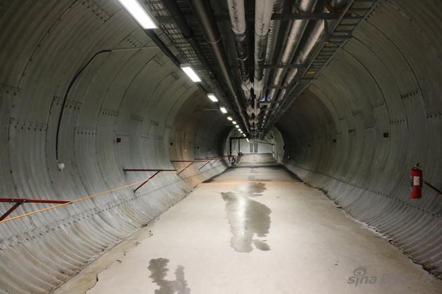 长长的隧道