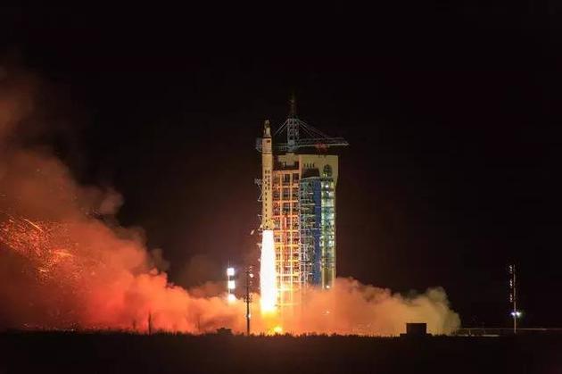 4月6日凌晨在酒泉卫星发射中心升空的实践十号卫星,已经取得了突破性的研究成果。图片来源:Steed