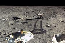 嫦娥三号出品:迄今最清晰月面照片展现真实月球