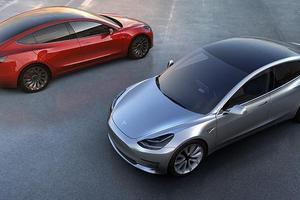 特斯拉首款自动驾驶汽车可能在Model 3之前问世