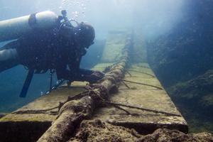 Facebook微软想要合建最快海底光缆 速度160Tbps
