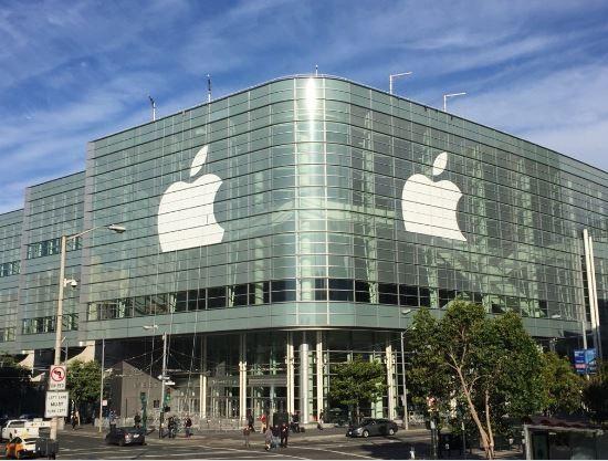 WWDC2016临近 苹果开始布置会场外LOGO